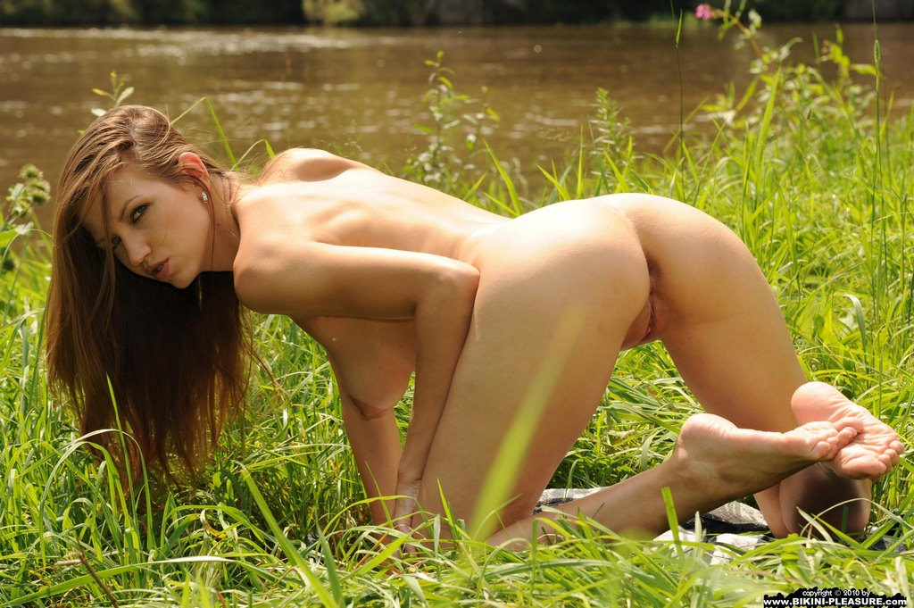 Natural lesbian beauty on display 9